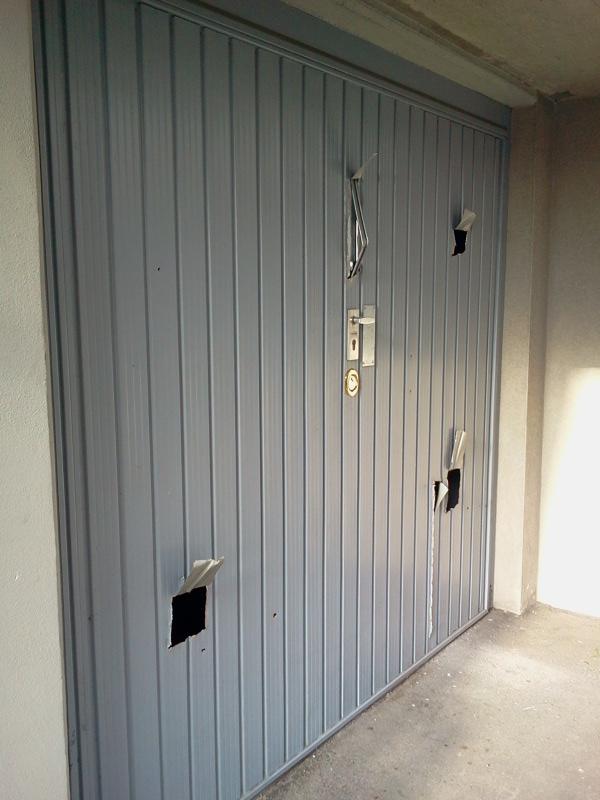 Bascula lock con ferrarini sempre pi sicurezza - Serratura porta basculante garage ...